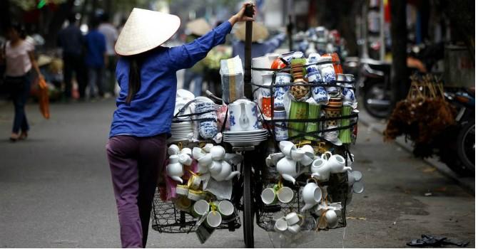 """HSBC: Cải cách chậm trễ là """"gánh nặng"""" trong triển vọng trung hạn của Việt Nam"""