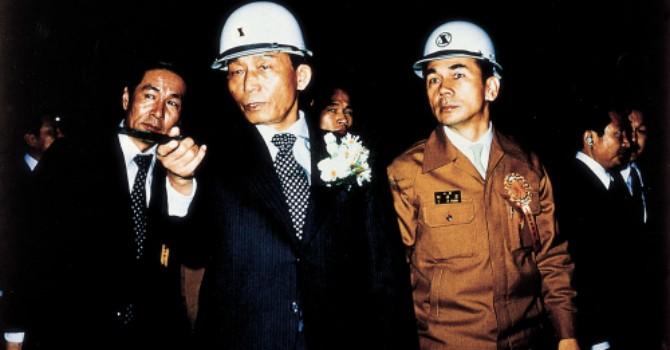Vòng xoáy chính trị đảo lộn Posco Hàn Quốc như thế nào?