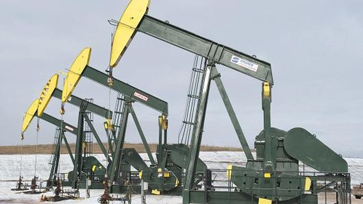 Giá dầu đảo chiều thành công, vượt đáy 6 tháng