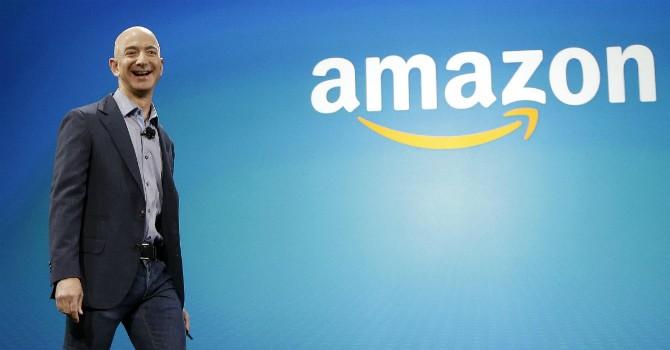 """Amazon thắng thế trong trận chiến """"3 đám mây"""""""
