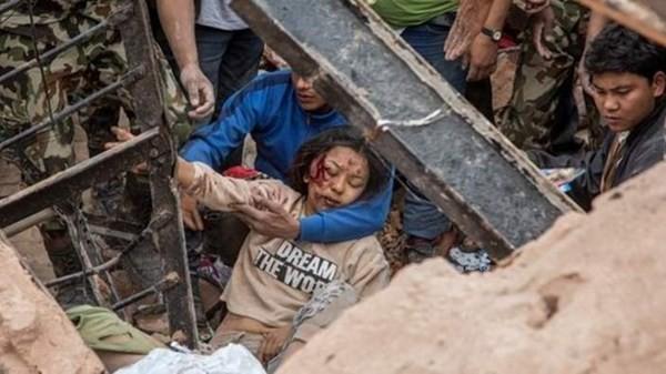Lời kể kinh hoàng của người Việt giữa tâm chấn động đất