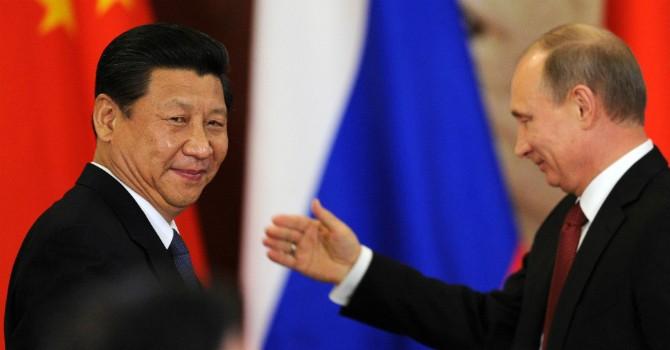 """Trung Quốc - """"hiệp sỹ FDI"""" của Nga"""