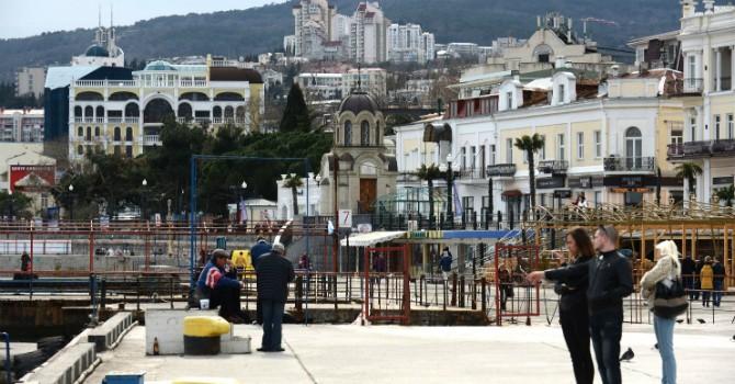 """Thị trường bất động sản tại Crimea đang """"bất động"""""""