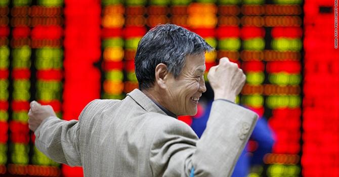 """Kinh tế Trung Quốc khôn khéo thoát """"ổ gà"""""""