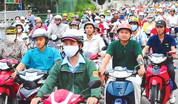 Bỏ thu phí xe máy, tỉnh nghèo sẽ gặp khó