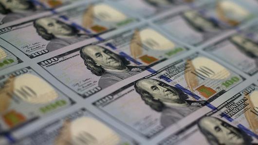 """Đồng USD """"miễn nhiễm"""" với số liệu GDP Mỹ kém khởi sắc"""