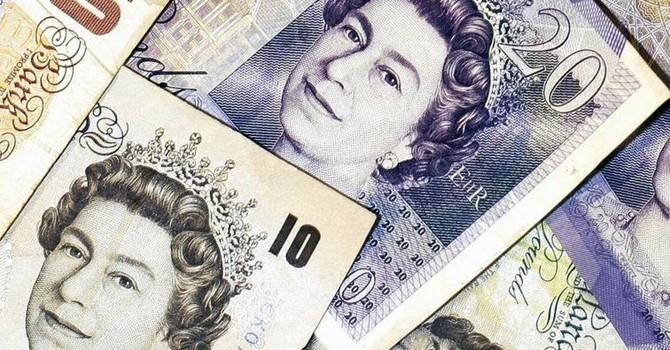 Đồng USD lần đầu xuyên mốc 1,4USD/GBP kể từ những năm 1980