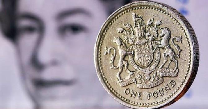 Đồng USD lên đỉnh 7 năm so với bảng Anh vì nguy cơ Brexit