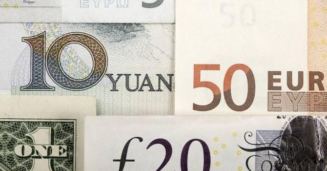 Đồng USD suy yếu bất chấp báo cáo kinh tế khởi sắc