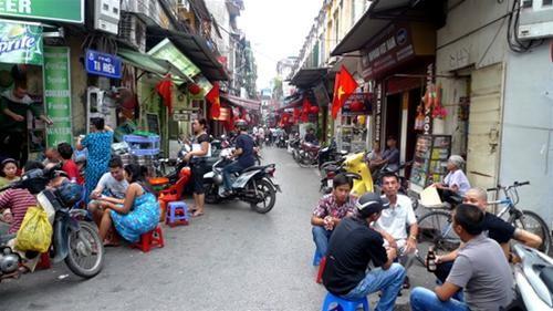 Có nên lát đá 10 tuyến phố cổ Hà Nội?