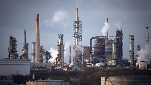 Giá dầu đứt quãng giảm 3 phiên liên tiếp