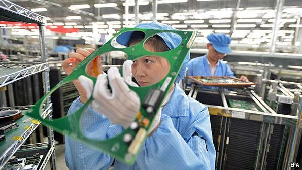 PMI tháng 8 tăng chậm nhất 5 tháng