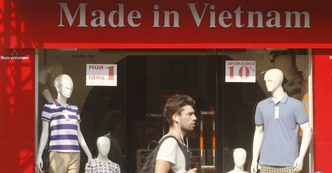 """""""Muốn cạnh tranh với Trung Quốc, Việt Nam phải ưu tiên doanh nghiệp tư nhân"""""""