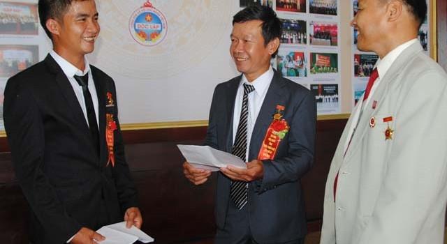 """""""Ông ngân hàng"""" ở Hương Lộc giúp hộ khó vượt nghèo"""