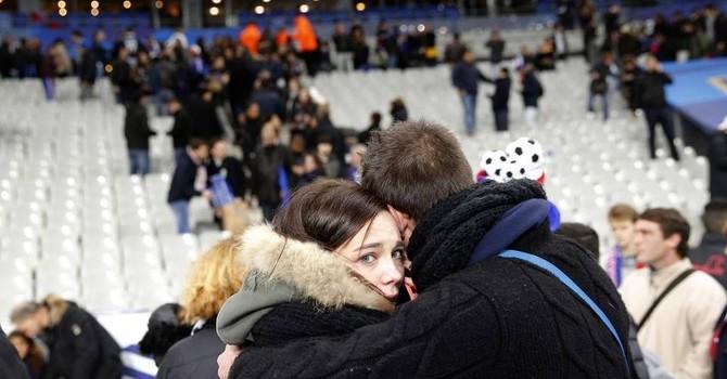 Chưa rõ kẻ đứng đằng sau các vụ khủng bố hàng loạt tại Paris