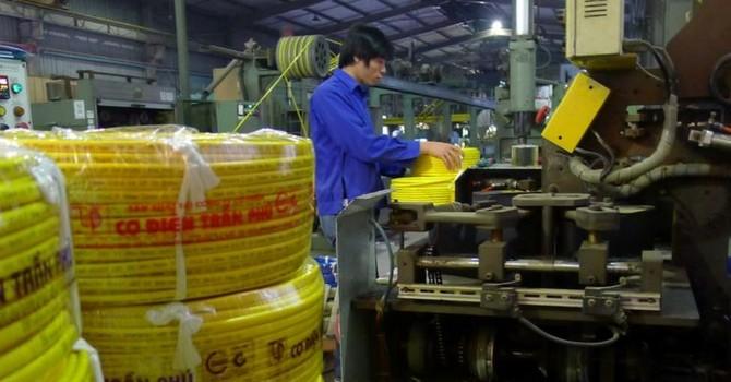 Doanh nghiệp tăng vốn: Áp lực từ khối ngoại