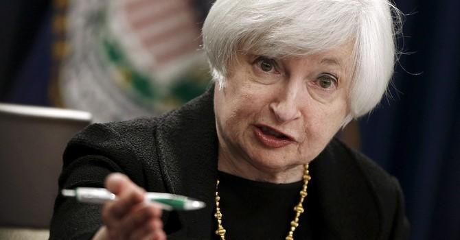 Giá vàng chạm đáy 6 năm sau phát biểu của bà Yellen