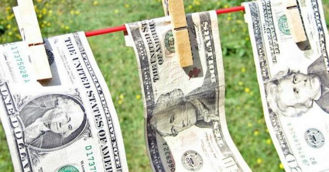 """1,4 nghìn tỷ USD """"tiền bẩn"""" chảy khỏi Trung Quốc trong 10 năm"""