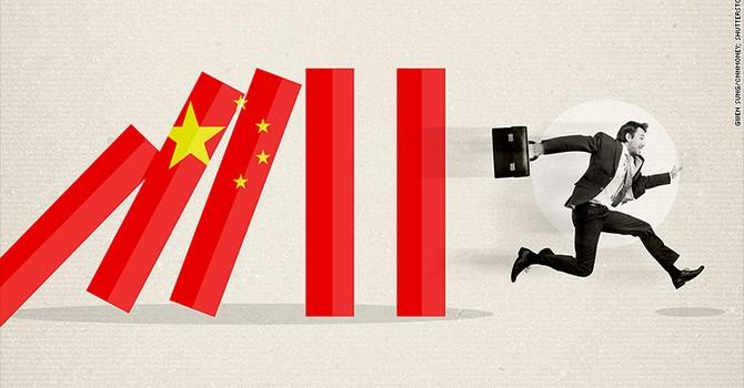 """Đồng nhân dân tệ """"ngã nhào"""", nhà đầu tư tháo chạy khỏi Trung Quốc"""