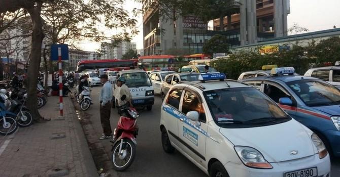 Nhiều doanh nghiệp taxi gặp khó với Nghị định 86