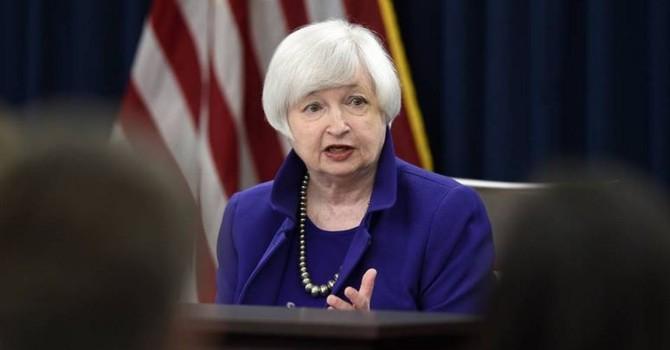 """Đồng USD sụt giá sau phát biểu """"chủ hòa"""" của Chủ tịch Fed"""