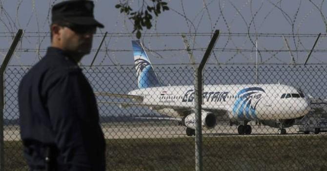 Bắt cóc máy bay Ai Cập: Nhầm danh tính không tặc?
