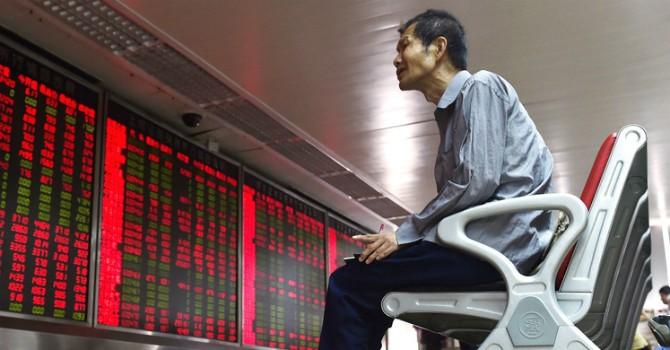 """Chứng khoán Trung Quốc lại bất ngờ """"đổ bệnh"""""""