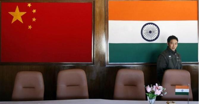 """Ấn Độ và lập trường """"lập lờ"""" trên Biển Đông"""