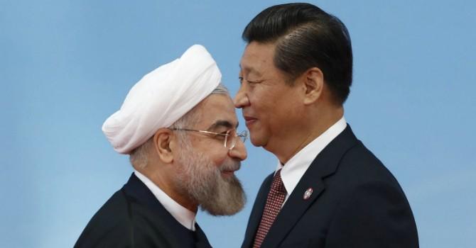 """Trung Quốc """"mua"""" báo chí nước ngoài trong vụ kiện với Philippines?"""