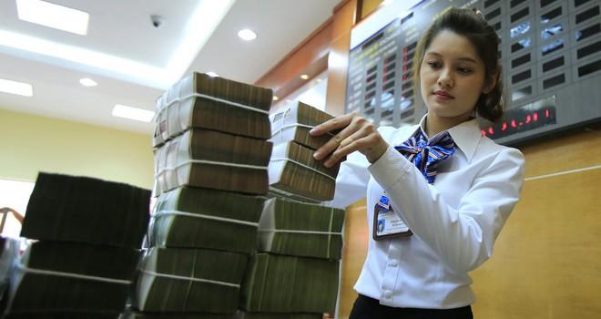 Các CEO ngân hàng nhận lương tới 670 triệu đồng/tháng?