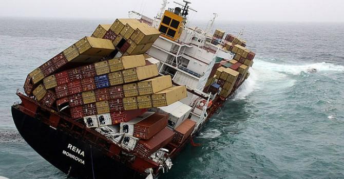 Vận đen đeo bám ngành vận tải tàu biển thế giới