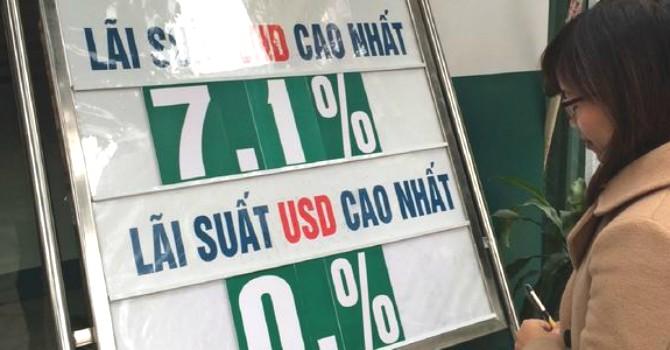 """Fitch: """"Ngân hàng của Việt Nam sẽ hồi phục dần dần trong năm 2017"""""""