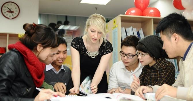 HSBC: Hơn 3/4 chuyên gia ngoại hài lòng với lương thưởng ở Việt Nam