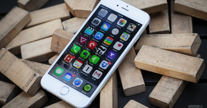 Tại sao iPhone 6S vừa nặng vừa có pin yếu hơn iPhone 6?