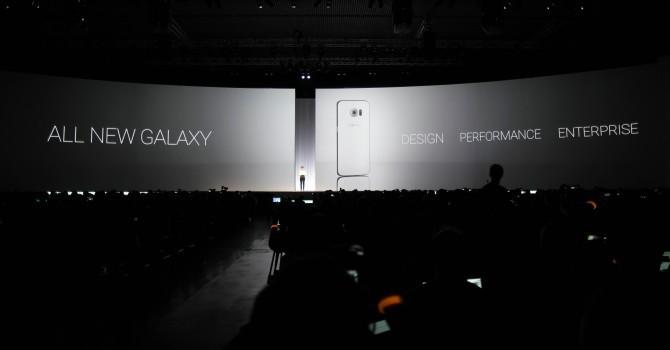 """Samsung sẽ """"bắt chước"""" Apple cho người dùng thuê smartphone"""