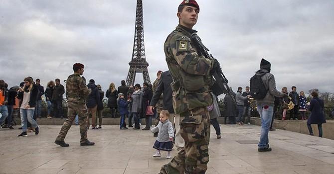 Lo khủng bố, Pháp sẽ cấm Wi-fi công cộng