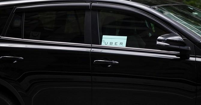 """Uber bắt đầu thử nghiệm dịch vụ """"đấu"""" với xe buýt"""