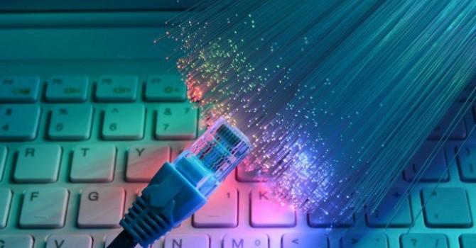 Công nghệ 24h: Khó khăn chọn nhà cung cấp Internet của dân chung cư