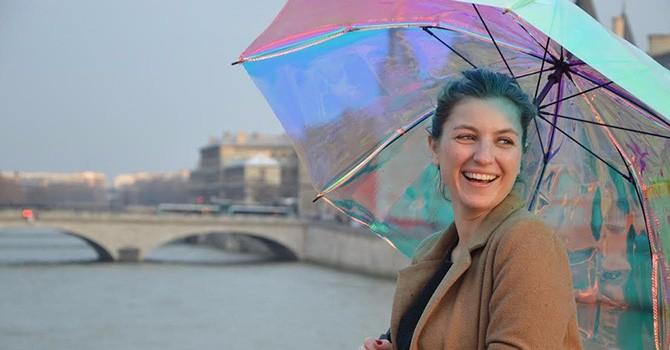 Hơn 1 triệu đồng cho chiếc ô thông minh có thể báo mưa
