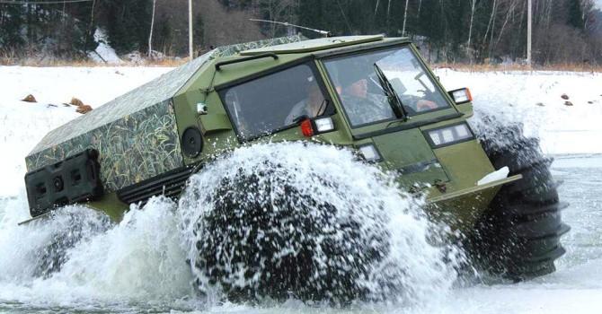 """Chiêm ngưỡng xe vận chuyển quân sự tí hon """"vượt mọi địa hình"""" của Nga"""