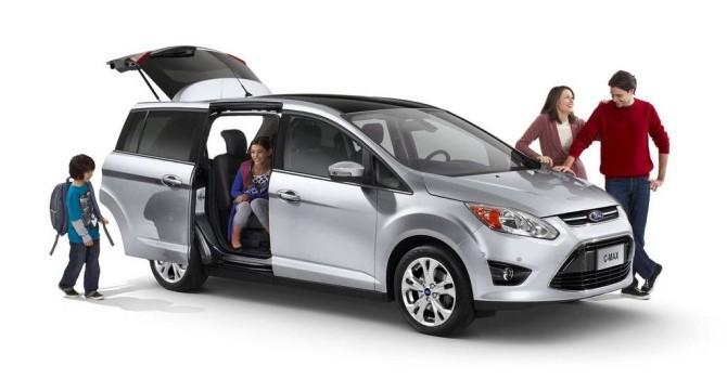 Công nghệ 24h: Những lưu ý quan trọng khi mua ô tô cho gia đình