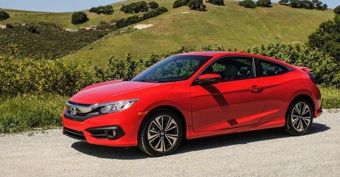 Honda Civic thể thao khác gì phiên bản sedan?