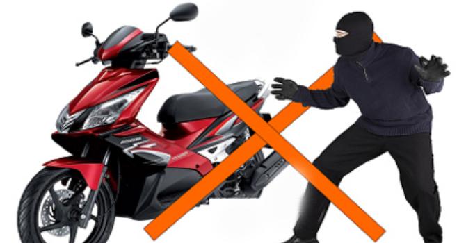 Ngoài khoá, người dùng còn cách nào để bảo vệ xe máy?