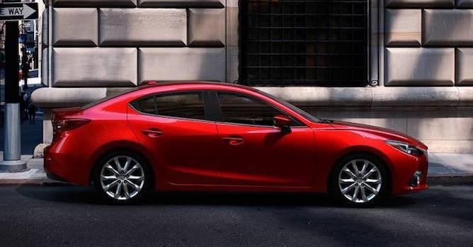 Công nghệ 24h: Bản nâng cấp Mazda 3 bất ngờ lộ diện trên đường