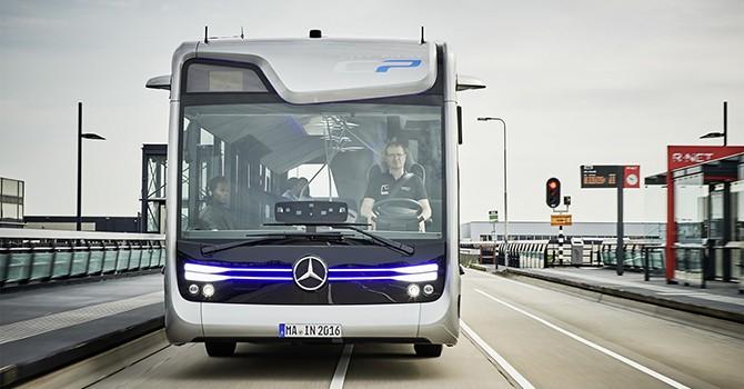 Hãng xe Đức thử nghiệm thành công xe buýt bán tự lái trên đường phố
