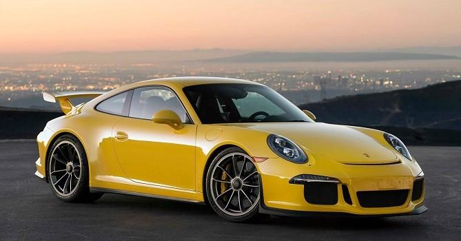 Công nghệ 24h: Xe Honda bị Porsche chế giễu