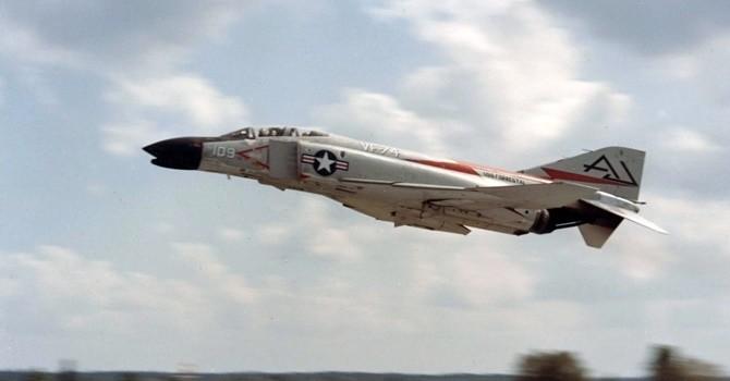 Những bức ảnh chứng minh F-4 là chiến đấu cơ xuất sắc nhất thời đại