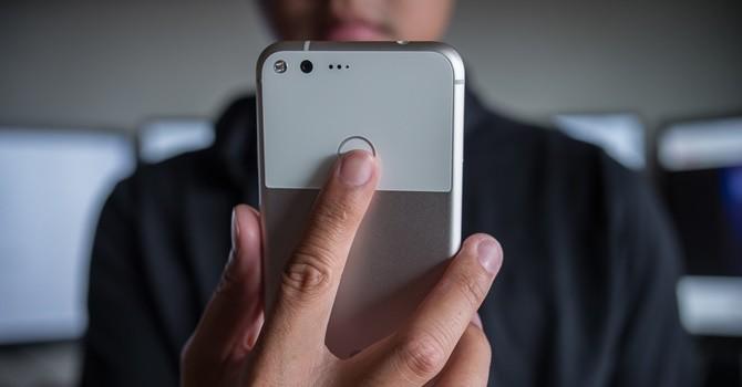 [Ứng dụng cuối tuần] Cách làm cho cảm biến vân tay của Android có chức năng giống như Google Pixel
