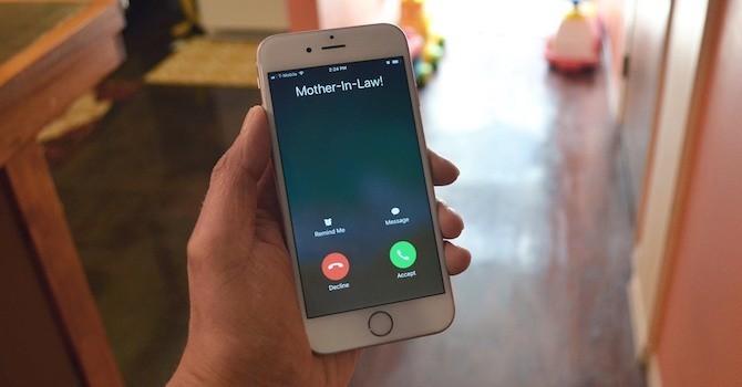 Người dùng iPhone 8 gặp âm thanh lạ khi thực hiện cuộc gọi