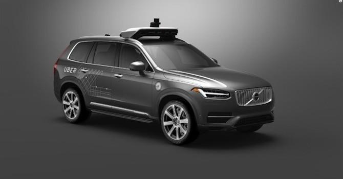 Ai sẽ phải chịu trách nhiệm cho tai nạn do xe tự lái của Uber gây ra?